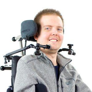 Profilbild von Dennis im Rollstuhl
